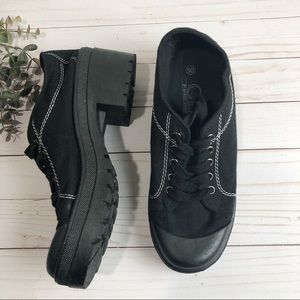 CL Chinese Laundry Platform Sneakers